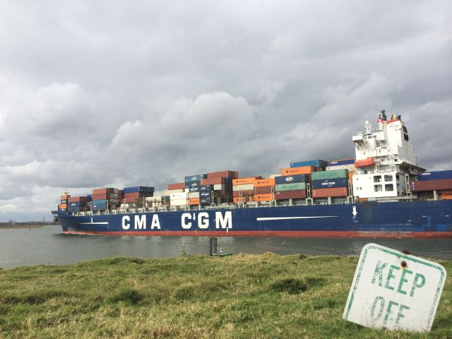48- Container Ship Port