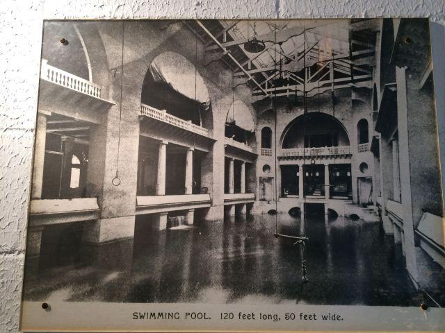 64 - Pool Original